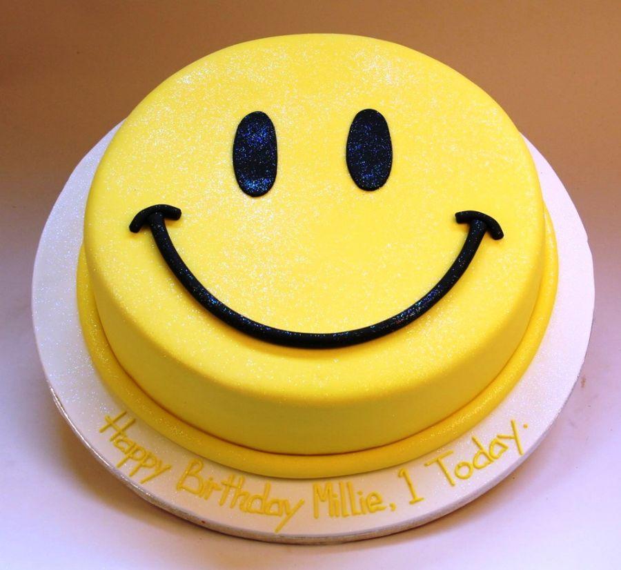 Hình ảnh mặt cười bánh sinh nhật dễ thương 18